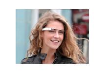 Google ontwikkelt bril, Facebook maakt bijpassende apps